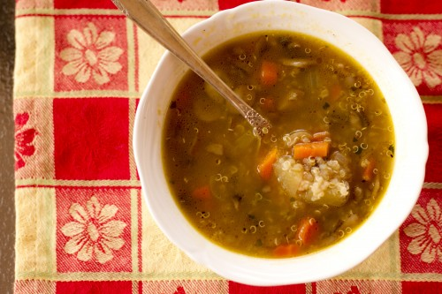 Mushroom Vegetable Quinoa Soup | Dishin & Dishes