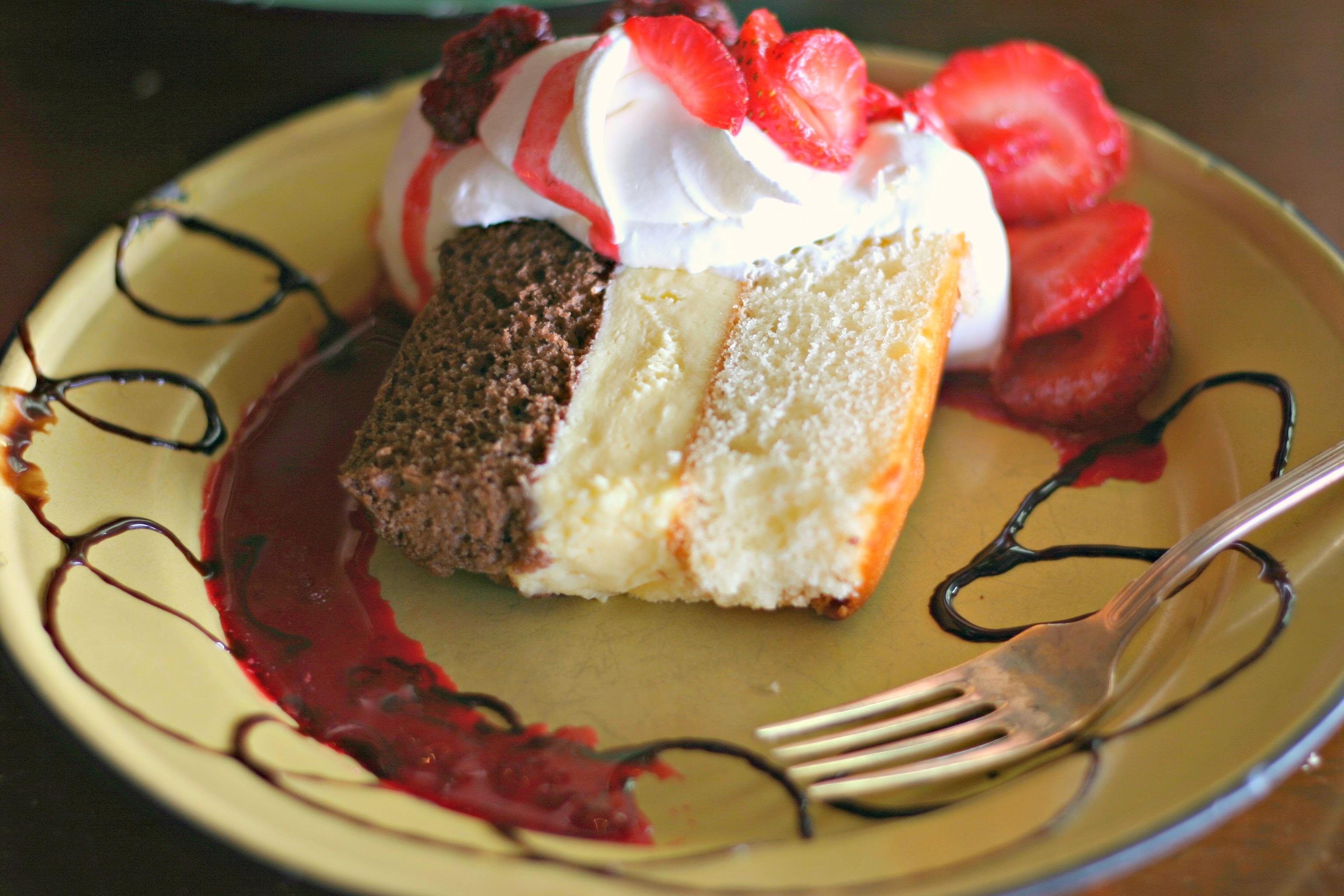 Nikkellette S Cafe And Raspberries N Creme Dishin Dishes