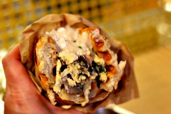 Florentine Inside Waffle Chamption