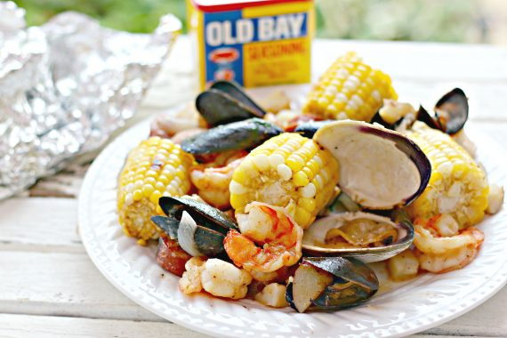 Grilled Clambake Foil  Packets