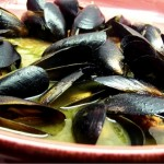Mussels in White Wine Garlic Sauce – Mr. Wonderful's Favorite Meal for Two
