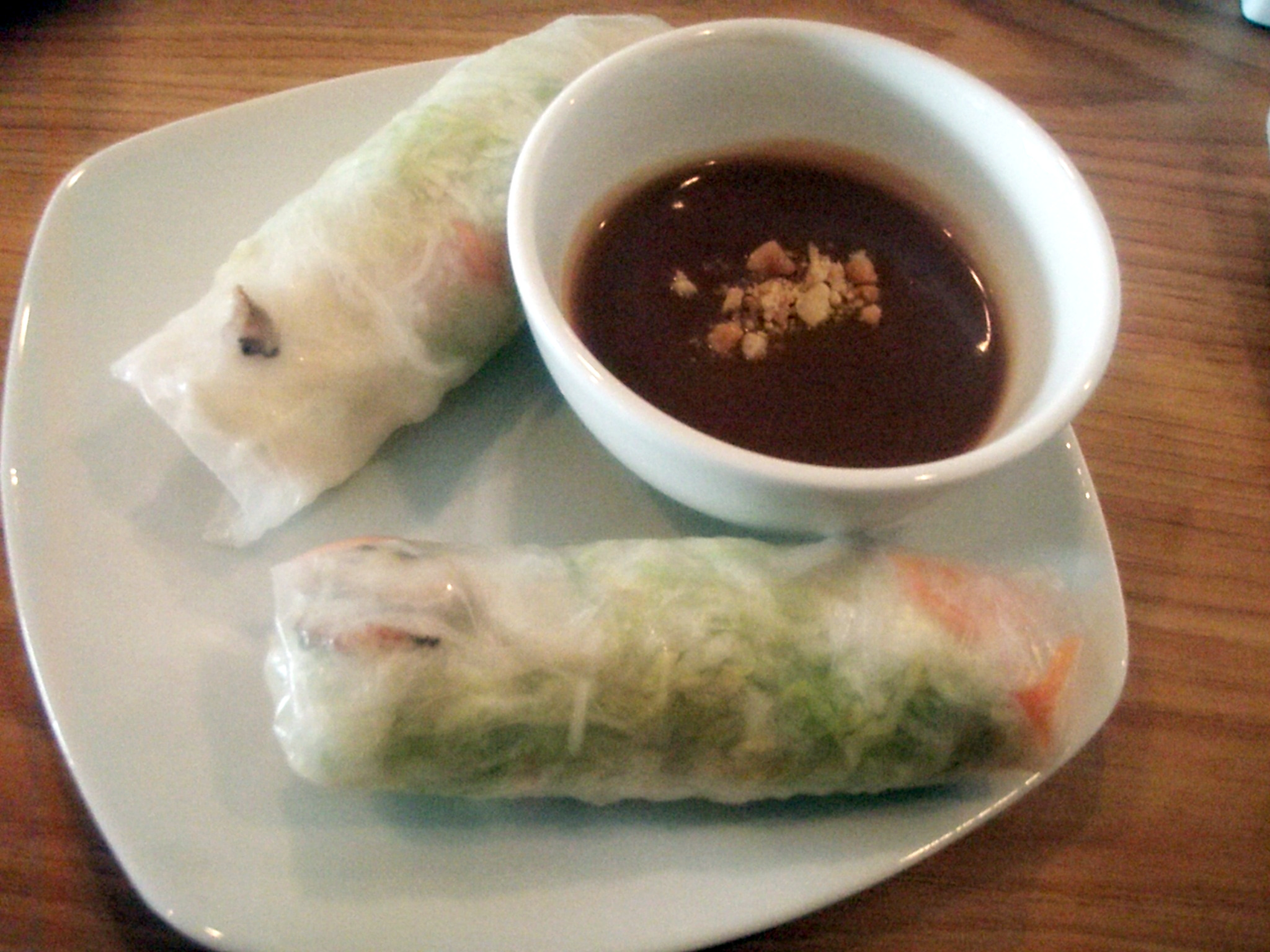 Fresh Vegetable Spring Rolls With Filipino Garlic Sauce ...