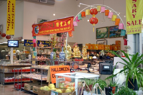 Gourmet shops dishin dishes for Asian cuisine tulsa ok