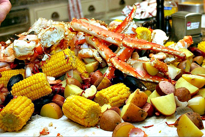 How To Do A Crab Boil Dishin Amp Dishes